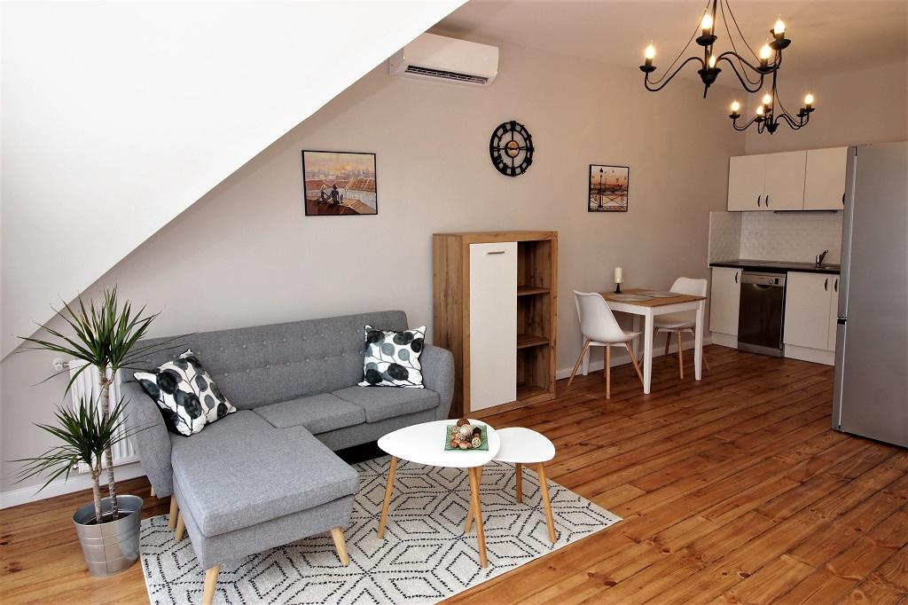 Nagy Lajos király úti ingatlan, 45 m²+8 m² terasz – Lakás